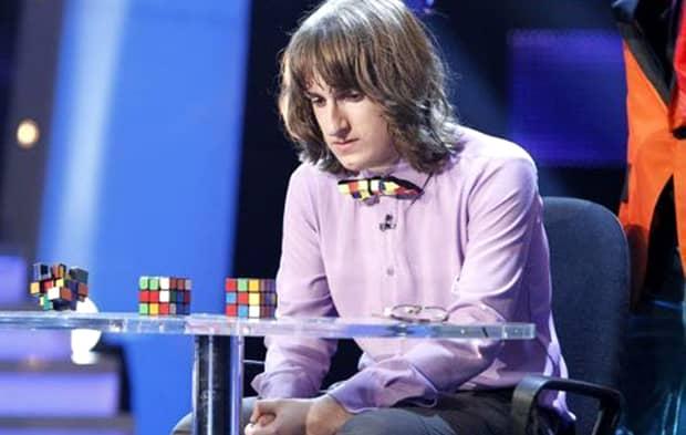 """CE DESTIN TRIST! Cum arată acum Cristian Leana, la doi ani după ce a câştigat 40.000E la """"Românii au Talent""""! Nu mai iese din casă şi plânge fără oprire"""