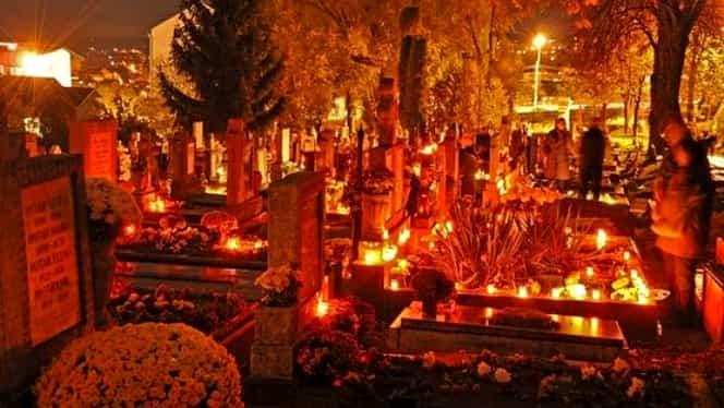 Tradiții și obiceiuri de Sâmbăta Morților. Ce e bine să dai de pomană în această zi!