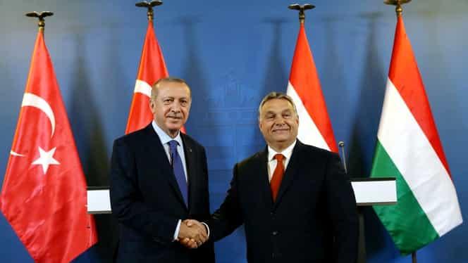 """Recep Erdogan, alături de Viktor Orban, amenință UE că vor """"deschide porțile refugiaților"""""""