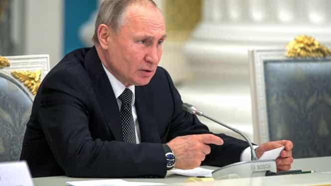 Vladimir Putin vrea ca noua Constituţie a Rusiei să îl menţioneze pe Dumnezeu şi să interzică căsătoriile homosexuale