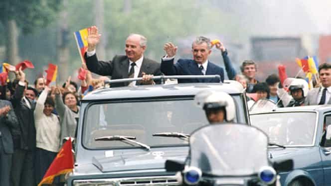 Mașina ARO cu care Nicolae Ceaușescu și Gorbaciov s-au plimbat, scoasă din nou la vânzare de ANAF, la un preț mai mic