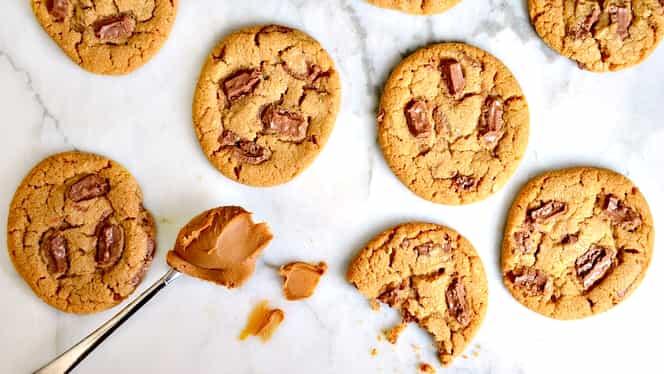 Cea mai simplă reţetă de weekend: Cookie sau fursecuri americane cu ciocolată