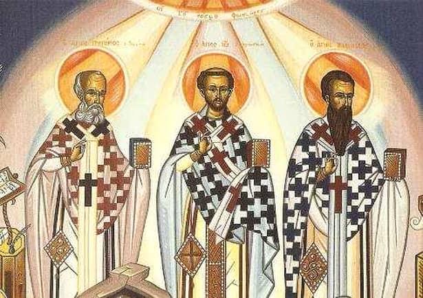 Sfinții Trei Ierarhi, sărbătoare mare! Femeile trebuie să facă asta dimineața pentru o căsnicie fericită