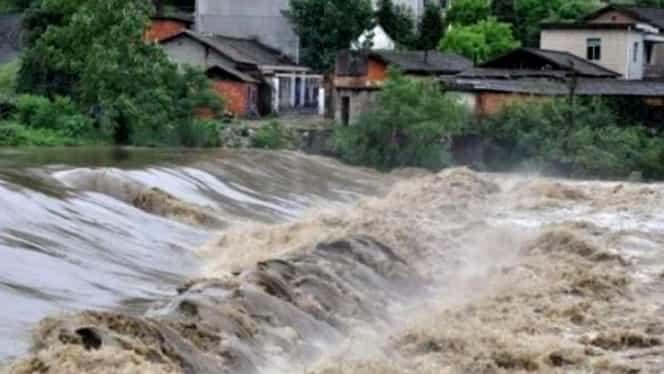 Codul galben de inundaţii, prelungit până vineri! 11 judeţe, afectate de atenţionarea hidrologică