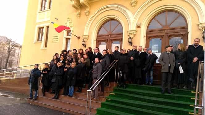 Magistraţii au protestat împotriva modificărilor la legile justiţiei! Răspunsul ministrului de resort!