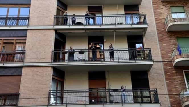 Moment emoţionant la Milano. Imnul României a răsunat de la balcoane VIDEO