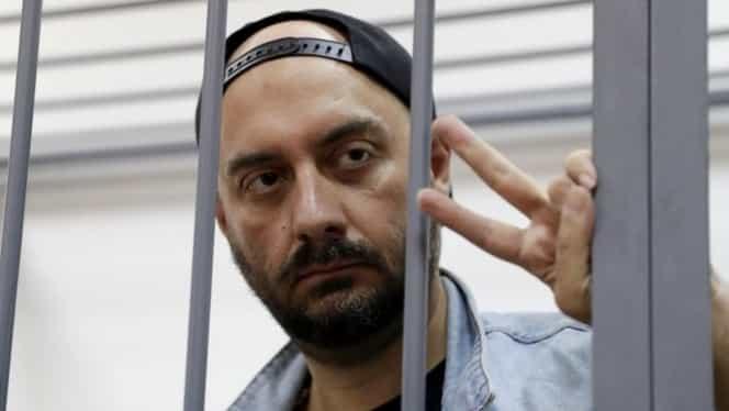Cunoscutul regizor rus Kiril Serebrennikov, arestat la domiciliu 20 de luni, vă dă 10 sfaturi ca să suportați mai ușor izolarea