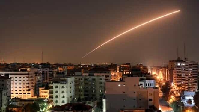 Continuă războiul între Palestina și Israel. Noi rachete au lovit Țara Sfântă, iar în spate e mișcarea teroristă Hamas
