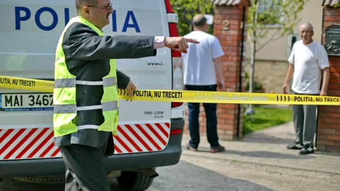 O pensionară din Botoșani s-a spânzurat de dorul soțului ei. Femeia le-a spus vecinilor ce are de gând să facă