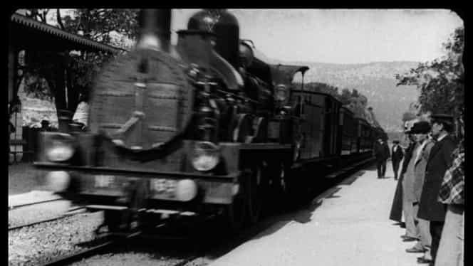 """Un film al fraților Lumiere, """"reîmprospătat"""" cu ajutorul inteligenței artificiale. Pelicula din anul 1896 îi speria pe oameni. VIDEO"""