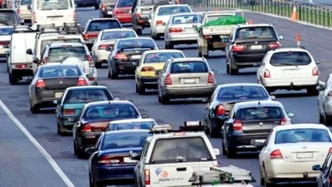 Taxă nouă de până la 2.000 de euro pentru mașinile second-hand. Peste un milion de români o vor plăti