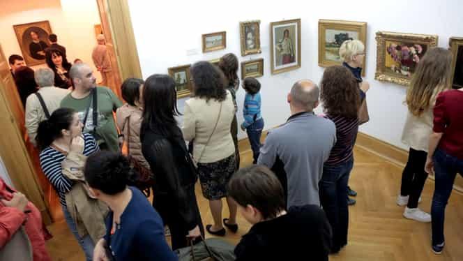 Artiştii români scot la licitaţie lucrări pentru strângerea de fonduri în sprijinul Australiei. Peste 40 de opere de artă pot fi cumpărate