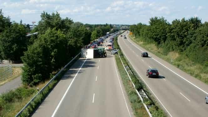 Cozi de kilometri pe Autostrada A1 București-Pitești! Accident grav!