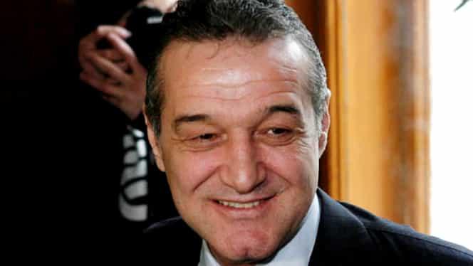 Gigi Becali, la bustul gol în curtea închisorii!