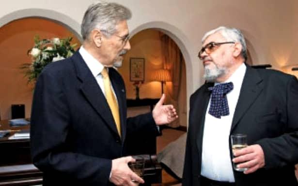 """Președintele emil Constantinescu și """"insiderul"""" Andrei Pleșu în anii 1996-2000, la Palatul Cotroceni"""