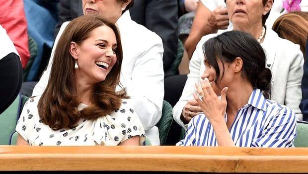 Kate Middleton și Meghan Markle telefon