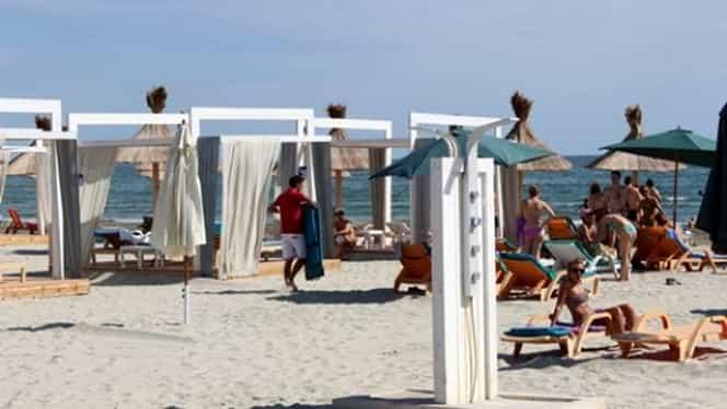 Barurile de pe plajă ar putea fi închise după ora 19:00