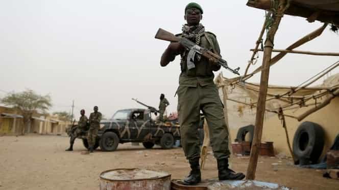 Atac terorist în Mali: 15 jandarmi au fost uciși de o bandă de motocicliști jihadiști