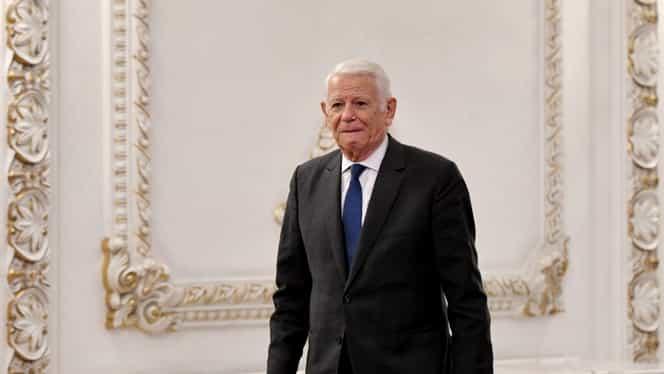 """Motivarea Curții pentru decizia de neconstituționalitate a alegerii lui Meleșcanu ca președinte al Senatului: """"Nu mai putea fi revocat din funcție"""""""
