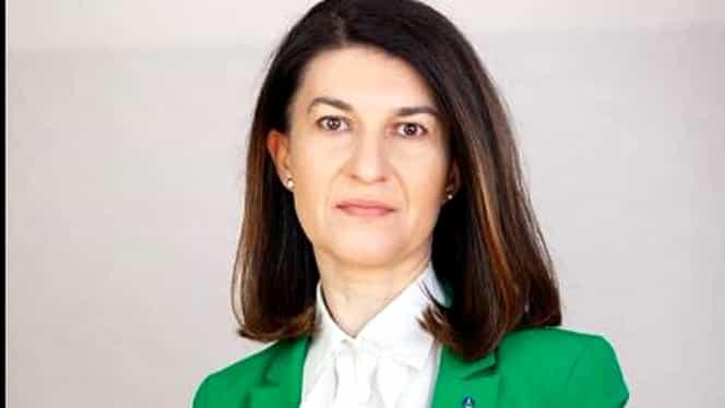 Violeta Alexandru, ministrul Muncii, recomandări pentru salariaţii care nu au cu cine să-şi lase copiii acasă