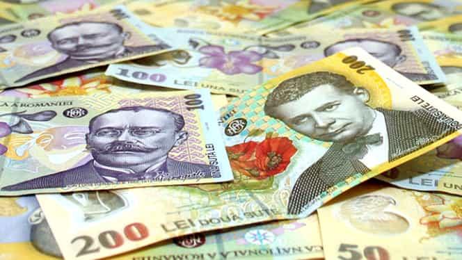 De azi creşte salariul minim pe economie! Află cîţi bani vei lua în plus