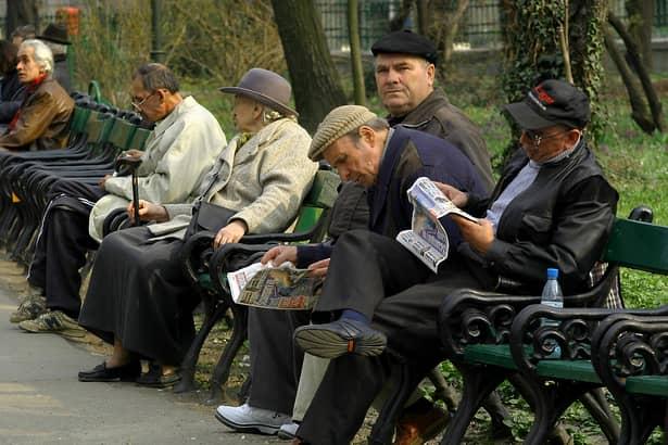 """Anunţ îngrijorător despre creşterea pensiilor: """"Nu vor creşte nici în septembrie"""""""