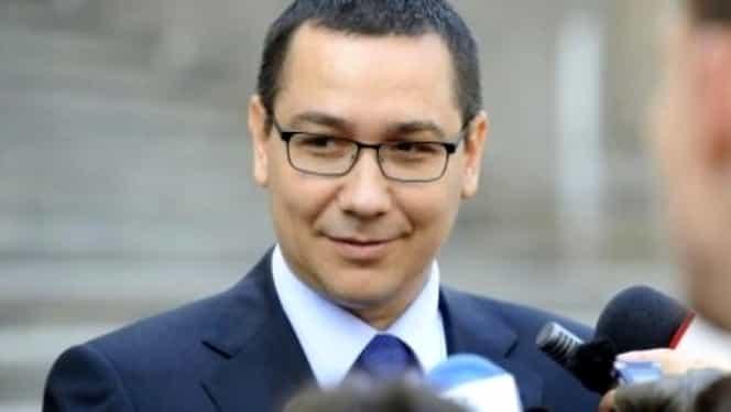 """Victor Ponta, îmbrânceli în Parlament cu un membru PSD: """"Asist la o tentativă de corupție"""""""