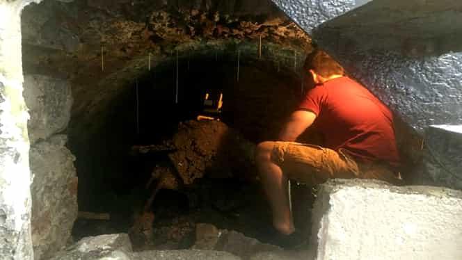Descoperire incredibilă făcută de un om în subsolul casei sale. Era acolo din secolul trecut – Foto
