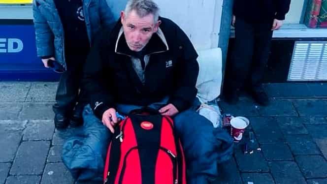 Miracolul de Crăciun. Un om al străzii a fost găsit de familie, după 2 ani de căutări. Emoționant