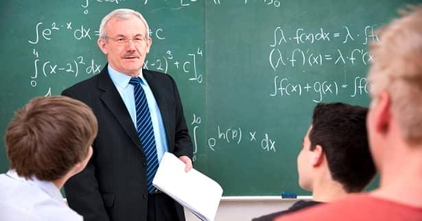 Ce salarii vor avea profesorii şi învăţătorii, în 2020. Profesori