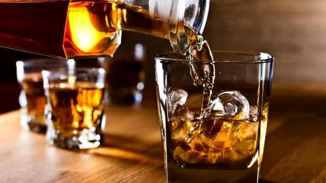 Cum să bei whisky ca un adevărat cunoscător de băuturi fine