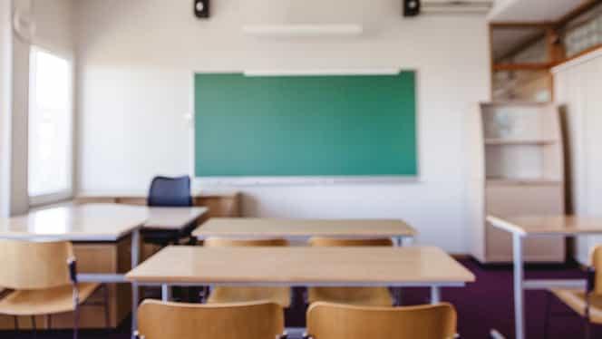 Se ia în calcul înghețarea anului școlar. Declarație de ultimă oră a vicepremierului Raluca Turcan