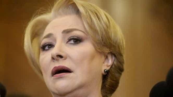 """Cristian Tudor Popescu o distruge pe Viorica Dăncilă după """"scandalul adopția"""": """"E o fire sensibilă acum, nu mai e țopârlancă servilă"""""""