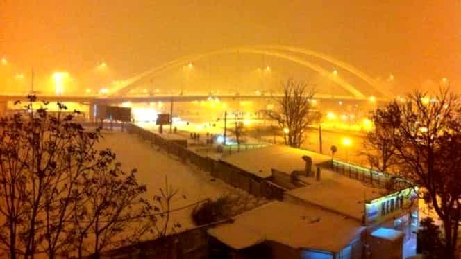 Vremea rea se întoarce în România. Nici Bucureștiul nu va scăpa de zăpadă. A fost emis cod galben de viscol – Update