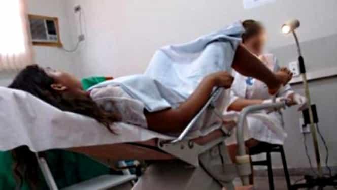 A depus plângere la Poliţie şi la Colegiul Medicilor pentru că i s-a implantat un cip în…