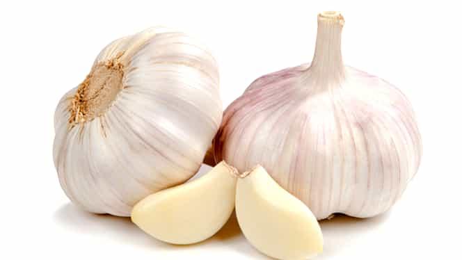 Când nu e bine să mănânci usturoi. 5 momente în care este toxic pentru corp