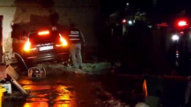 Georgian a murit pe loc, după ce s-a înfipt într-o casă cu 200 de km/h. VIDEO
