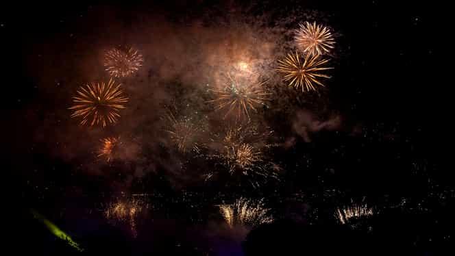 Cea mai scumpă vacanță de Revelion, vândută la Dertour. Prin ce țări exotice merg românii cu bani anul ăsta