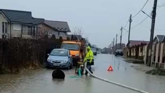 Video. Inundaţii în Târgovişte, Piteşti şi în alte 5 localităţi din Argeş