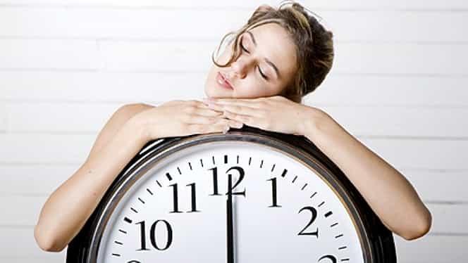 Ce înseamnă dacă te uiți la ceas la oră fixă? Dar la 01:01? Toate explicațiile, aici!