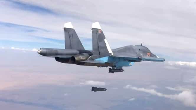 Rusia intensifică atacurile în Siria, după ce a pierdut un avion. Pilotul rus a fost ucis de rebeli