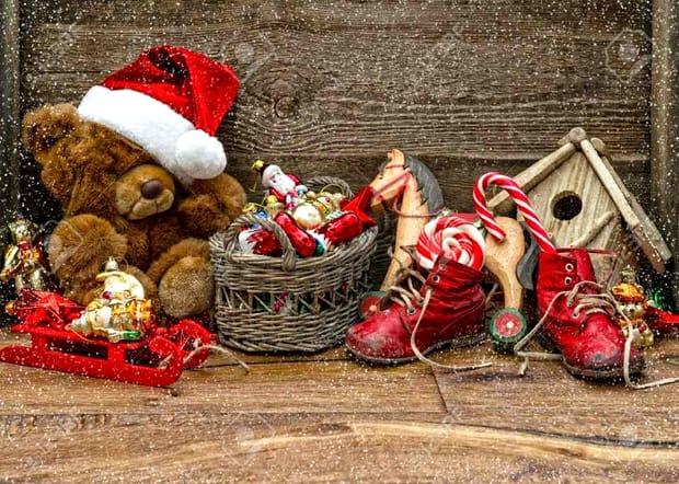 12 idei de cadouri de Moș Nicolae pentru copii, iubiți, părinți și bunici. De la dulciuri la bijuterii!