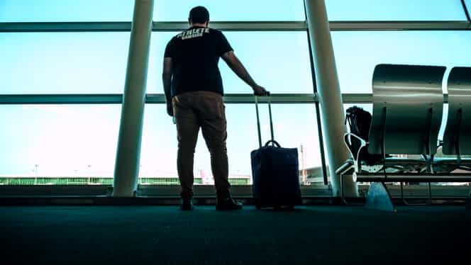 Ce trebuie să faci înainte de a pleca într-o călătorie, mai ales în țări atinse de coronavirus. Recomandările vin de la Ministerul de Externe
