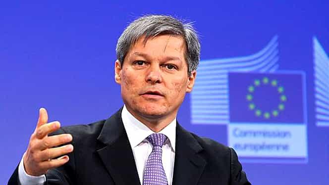 """Mesajul lui Dacian Cioloş, de Ziua Naţională: """"Avem azi un Guvern de care ne e rușine"""""""