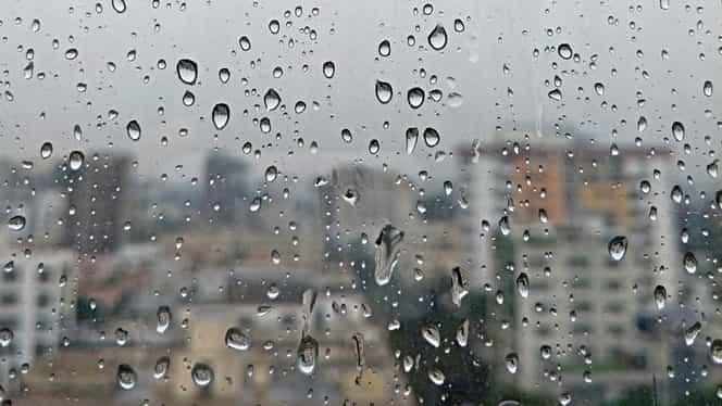 Prognoza meteo joi, 28 noiembrie. Vremea în București, Iași, Brașov, Cluj Napoca, și Constanța. Ne așteaptă o zi ploioasă de sfârșit de toamnă