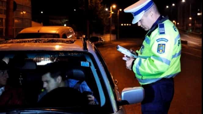 Cum să PĂCĂLEŞTI aparatul etilotest şi pe poliţist dacă ai urcat BĂUT la volan