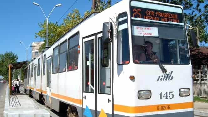 Accident teribil în București. Un bărbat a murit, după ce a fost împins de un om al străzii în faţa unui tramvai