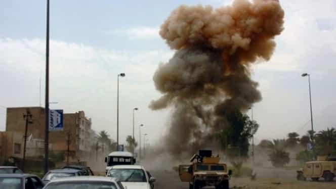 Atentat sângeros în Afganistan soldat cu 27 de morţi. Premierul şi alţi politicieni se aflau la un eveniment