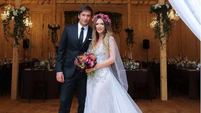 Adela Popescu şi Radu Vâlcan s-au căsătorit! Primele imagini