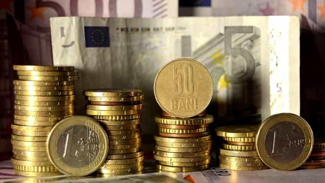 CURS BNR. DOLARUL, un NOU record! EURO, în scădere
